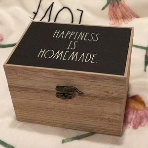 Rae Dunn HAPPINESS IS HOMEMADE Recipe Box wood HTF
